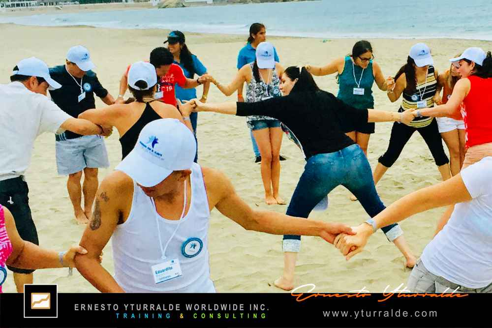 España Team Building & Outdoor Training | Ernesto Yturralde Worldwide Inc.